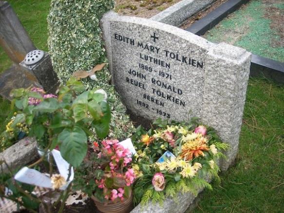 Beren and Luthien [©Tolkien Library]